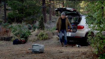 Volkswagen Memorial Day Deals TV Spot, 'Bear' Song by Grouplove [T2] - Thumbnail 4