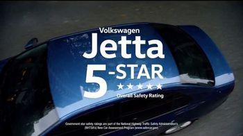 Volkswagen Memorial Day Deals TV Spot, 'Bear' Song by Grouplove [T2] - Thumbnail 8