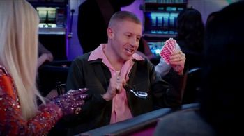 T-Mobile TV Spot, 'The Game' Featuring Kesha, Macklemore - Thumbnail 5