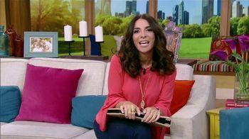 Clorox TV Spot, 'Univision: entre amigas' con Maggie Jimenez [Spanish] - Thumbnail 1