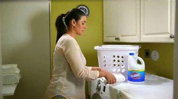 Clorox TV Spot, 'Univision: entre amigas' con Maggie Jimenez [Spanish] - Thumbnail 5