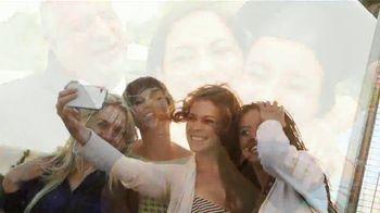 Clorox TV Spot, 'Univision: entre amigas' con Maggie Jimenez [Spanish] - Thumbnail 7
