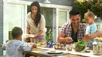 Clorox TV Spot, 'Univision: entre amigas' con Maggie Jimenez [Spanish] - Thumbnail 8