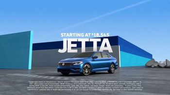 2019 Volkswagen Jetta TV Spot, 'Turb-Whoa' Song by Yungblud [T1] - Thumbnail 8
