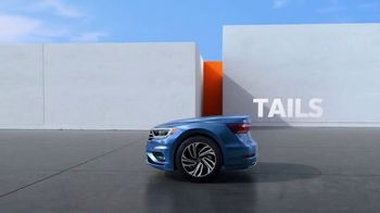 2019 Volkswagen Jetta TV Spot, 'Bumper-to-Bumper' Song by Gryffin [T1] - Thumbnail 3