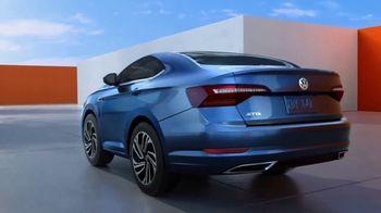 2019 Volkswagen Jetta TV Spot, 'Bumper-to-Bumper' Song by Gryffin [T1] - Thumbnail 5