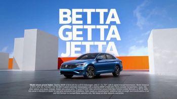 2019 Volkswagen Jetta TV Spot, 'Bumper-to-Bumper' Song by Gryffin [T1] - Thumbnail 8