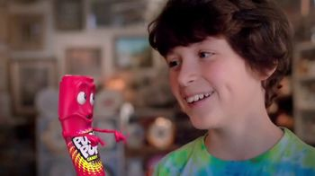 Jumbo Push Pop TV Spot, 'Tour Guide: New Larger Bag' - Thumbnail 8