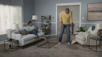 Lowe's TV Spot, 'The Moment: Old Carpet: Memorial Day' - Thumbnail 1