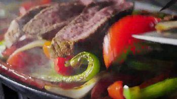 Golden Corral Sizzlin' Fajitas TV Spot, 'Humeantes' [Spanish] - Thumbnail 9