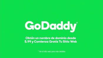 GoDaddy TV Spot, 'Idea real: 99 centavos' con Danica Patrick [Spanish] - Thumbnail 10