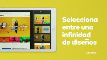 GoDaddy TV Spot, 'Idea real: 99 centavos' con Danica Patrick [Spanish] - Thumbnail 6