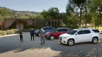 Chevrolet Venta de Memorial Day TV Spot, 'New Couple' [Spanish] [T2] - Thumbnail 2