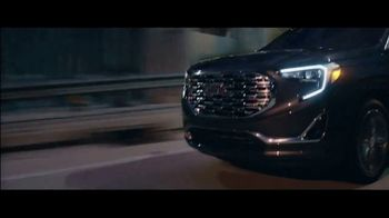 2018 GMC Terrain TV Spot, 'Mighty Like a Pro' Song by The Chemical Brothers [T2] - Thumbnail 6
