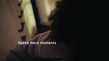 Citi Mobile App TV Spot, 'In the Moment' Song by Amos Lee - Thumbnail 5