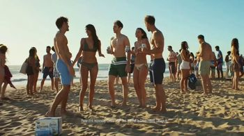 Corona Extra TV Spot, 'Beach in a Can' Song by Jimmy Cliff - Thumbnail 10
