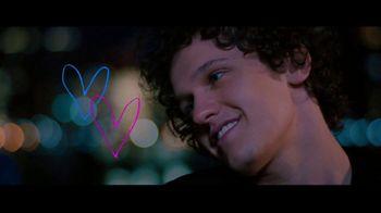 Netflix TV Spot, 'Alex Strangelove' - Thumbnail 5
