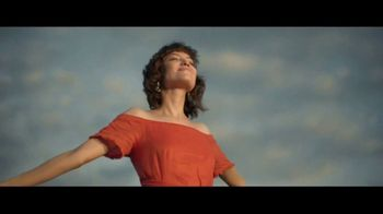 Macy's TV Spot, 'Find the Remarkable You' Song by Brenton Wood - Thumbnail 9