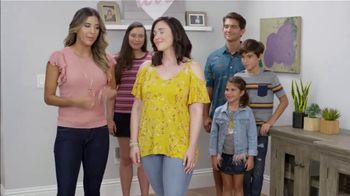 JCPenney TV Spot, 'Ion Television: New Looks' - Thumbnail 6