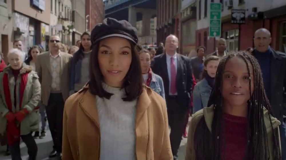 Girl Up TV Commercial, 'Time to Rise' Featuring Corinne Foxx, Nigel Barker