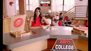Pizza Hut TV Spot, 'ESPN: Pump Fake' Featuring Maria Taylor - Thumbnail 2