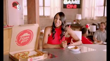 Pizza Hut TV Spot, 'ESPN: Pump Fake' Featuring Maria Taylor - Thumbnail 8