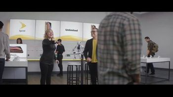 Sprint iPhone Season TV Spot, 'Party On' - Thumbnail 1