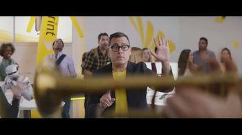 Sprint iPhone Season TV Spot, 'Party On' - Thumbnail 5