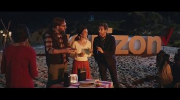 Verizon TV Spot, 'Bonfire' Featuring Thomas Middleditch - Thumbnail 6