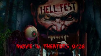 Six Flags Fright Fest Opening Sale TV Spot, 'Maze' - Thumbnail 4