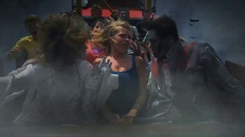 Six Flags Fright Fest Opening Sale TV Spot, 'Maze' - Thumbnail 5