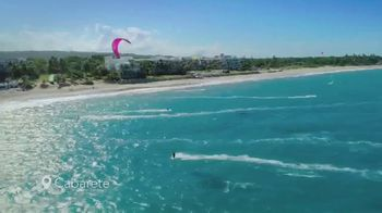 Dominican Republic Tourism Ministry TV Spot, 'Smiles | North Coast' - Thumbnail 4