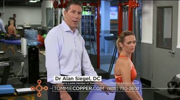 Tommie Copper Lower Back Support Bottoms TV Spot, 'Core Compression' - Thumbnail 6