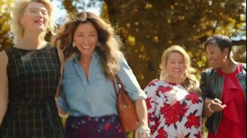 JCPenney TV Spot, 'Stand Out: Liz Claiborne' Song by Redbone - Thumbnail 10