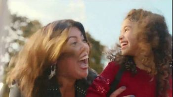 JCPenney TV Spot, 'Stand Out: Liz Claiborne' Song by Redbone - Thumbnail 5