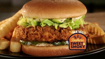 Zaxby's Southern Sweet & Smoky Chicken Sandwich TV Spot, 'Handmade' - Thumbnail 3