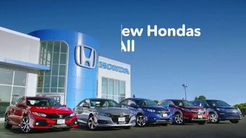 New Hondas For All Sales Event TV Spot, 'Pool Party' [T2] - Thumbnail 10