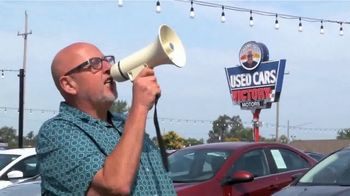 Victory Motors End of Summer Clearance Event TV Spot, 'Too Many Cars' - Thumbnail 3