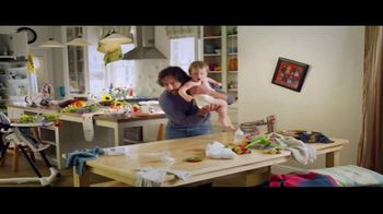 Clorox Disinfecting Wipes Easy-to-Pull Pack TV Spot, 'Wood, With Change'