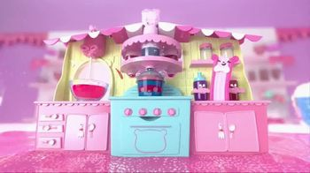 Num Noms Snackables Silly Shakes Maker TV Spot, 'Make Your Own Slime!' - Thumbnail 3