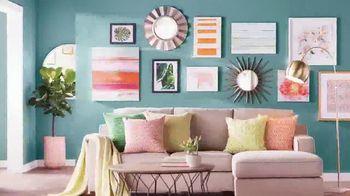 Wayfair TV Spot, 'HGTV: Gallery Wall' - Thumbnail 5