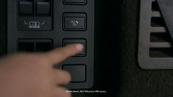 2018 Land Rover Discovery TV Spot, 'Electronic Air Suspension: Dog' [T2] - Thumbnail 3