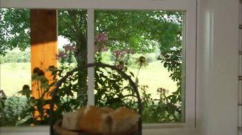 Hunter Douglas TV Spot, 'HGTV: Window Boxes' Featuring Joanna Gaines - Thumbnail 6