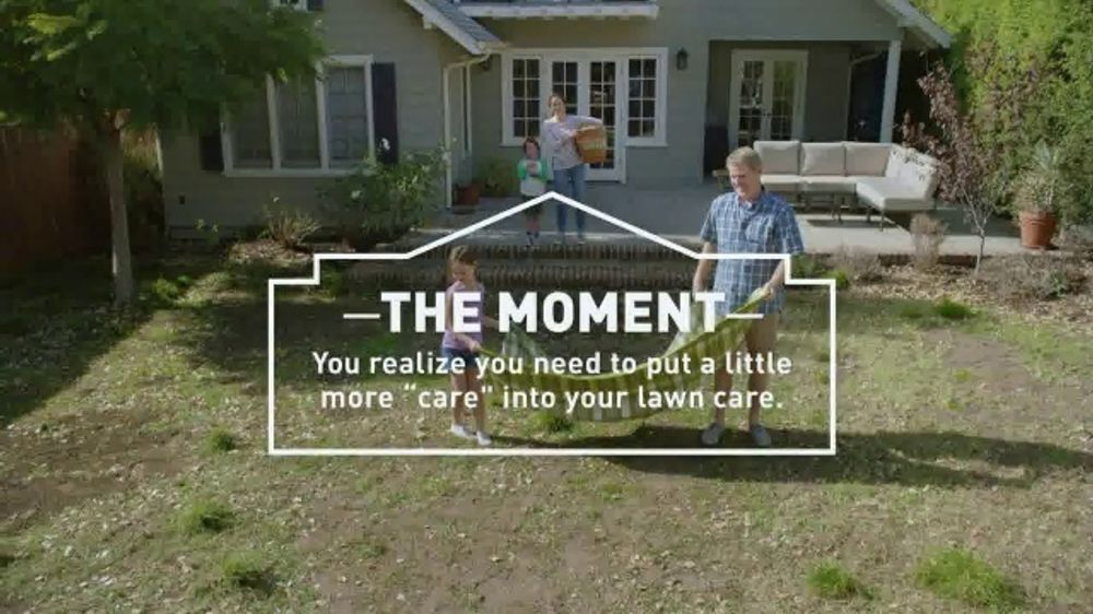 Lowe's TV Commercial, 'Fall Lawn Care: 30 Percent Off' - Video