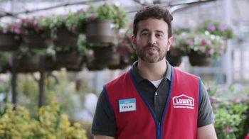 Lowe's TV Spot, 'Fall Lawn Care: 30 Percent Off' - Thumbnail 5
