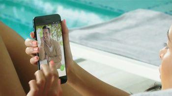 Chispa TV Spot, 'Piscina' con Julián Gil [Spanish] - Thumbnail 6