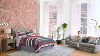 Macy's Fall Home Sale TV Spot, 'Bed Ensembles & Mattress Sets' - Thumbnail 1