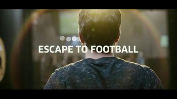 Buffalo Wild Wings Gameday Menu TV Spot, 'Escape to Football: Tour' - Thumbnail 8