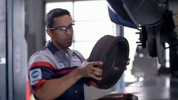 SpeeDee Oil Change TV Spot, 'Artist' - Thumbnail 8