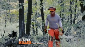 STIHL TV Spot 'Real People: Jen and Justin: Blower and Chainsaw' - Thumbnail 4